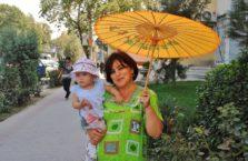 Tadżykistan - matka zz dzieckiem.