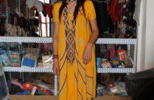 Tadżykistan - młoda kobieta.
