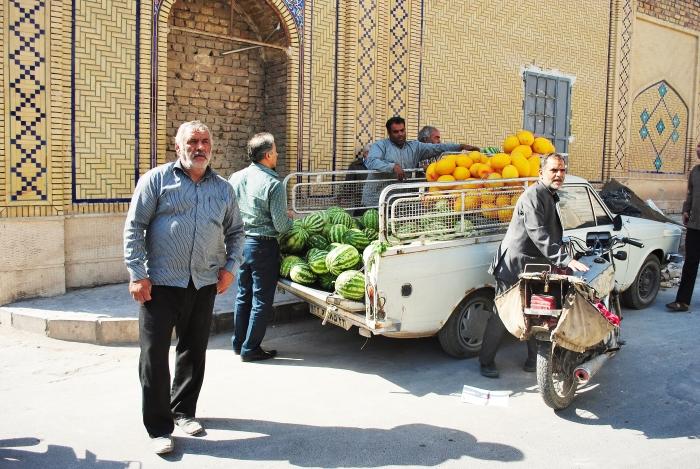 Iran - scenka z ulicy.