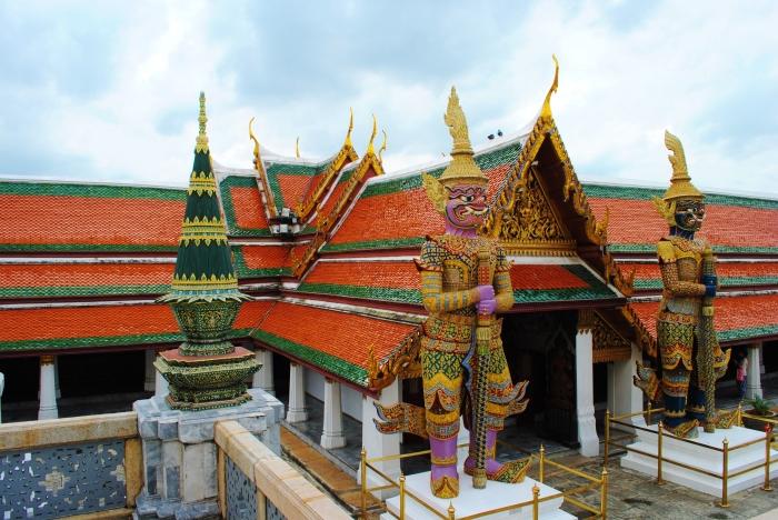 Wat Phra Kaew i Świątynia Emeraldowego Buddy. Bangkok, Tajlandia.