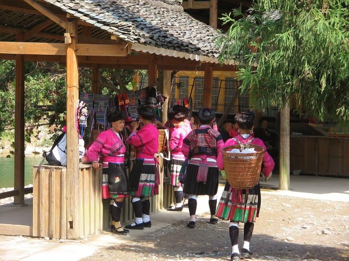 Kobiety w tradycyjnych strojach w Longsheng.