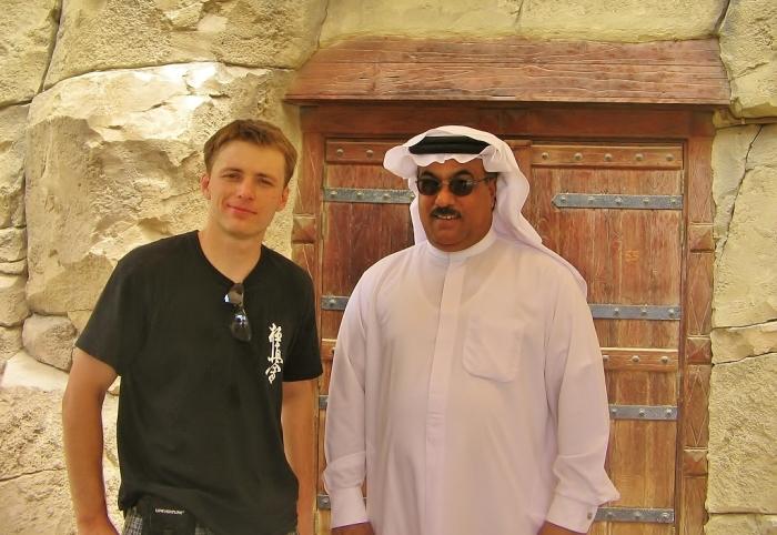 Dubaj - zdjęcie z Arabem.
