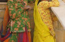 Indie - młode Hinduski,