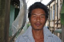Birma - młody mężczyzna.