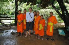 Laos - z mnichami.