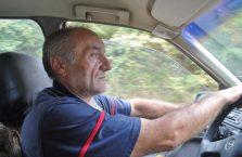 Armenia - kierowca taksówki.