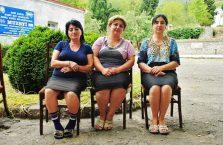 Azerbejdżan - kobiety pracujące w muzeum.
