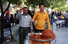 Iran - sprzedawcy słodyczy.