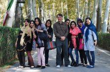 Iran - z irańskimi pięknościami.