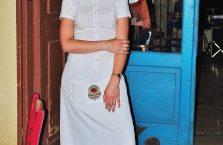 Gruzja - urocza kelnerka.