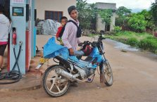 Laos - ojciec z synem.