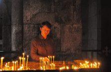Armenia - katolik w ormiańskim kościele.