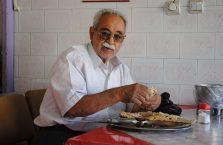 Iran - starszy mężczyzna.