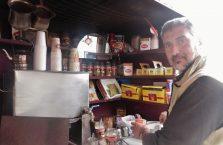 Jordania - sprzedawca herbaty.