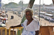Sri Lanka - biedna kobieta.
