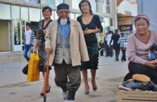 Uzbekistan - starszy człowiek.