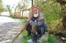 Kirgistan - dziadek.
