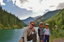 Kazachstan - z dziećmi.