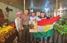 Iracki Kurdystan - z kurdyjskimi patriotami.