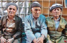 Iracki Kurdystan - mężczyzni w Dohuk, w tym jeden bardzo podejrzliwy.