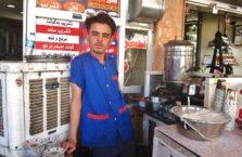 Iracki Kurdystan - młody mężczyzna.
